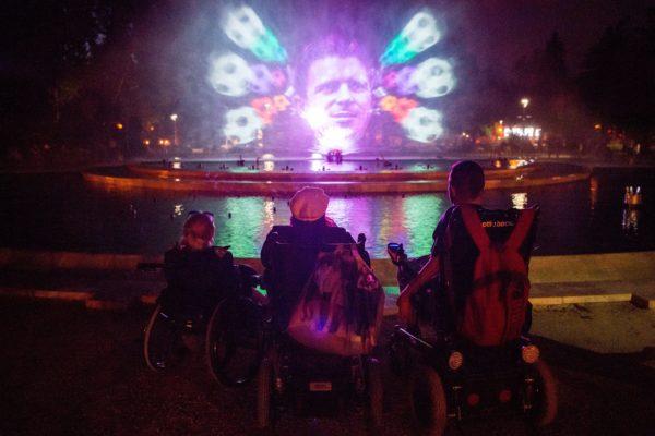 Átadták a margitszigeti multimédiás szökőkutat és a főváros első fénykertjét