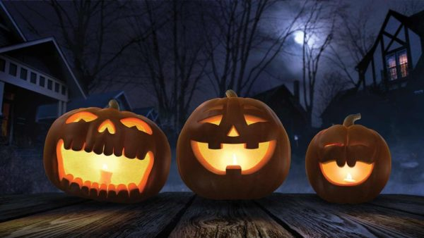 Mi a különbség a halloween, mindenszentek és a halottak napja között?