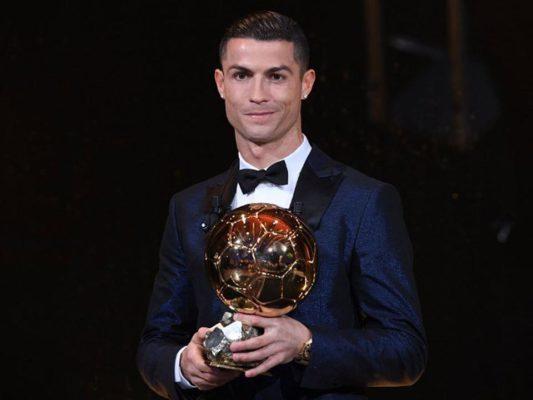 Aranylabda: Cristiano Ronaldo ötödször lett a legjobb!